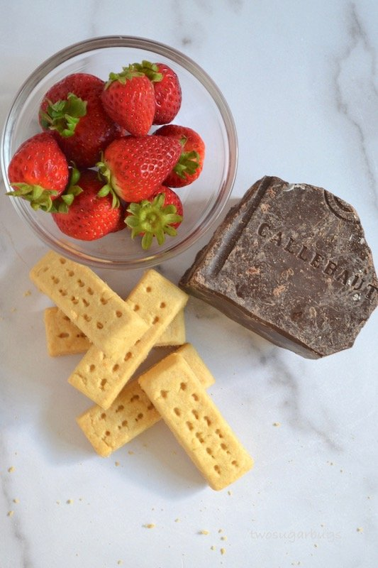 strawberries, chocolate and shortbread