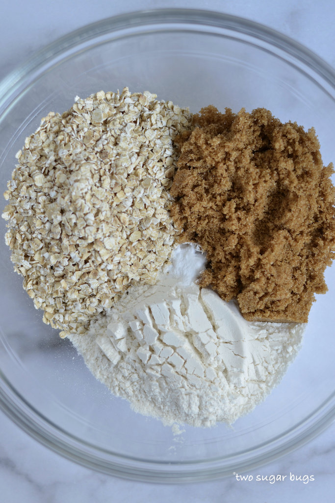 oat layer ingredients in a bowl