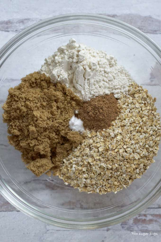 oatmeal base ingredients in a glass bowl