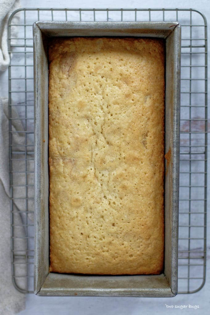 baked pound cake on a cooling rack