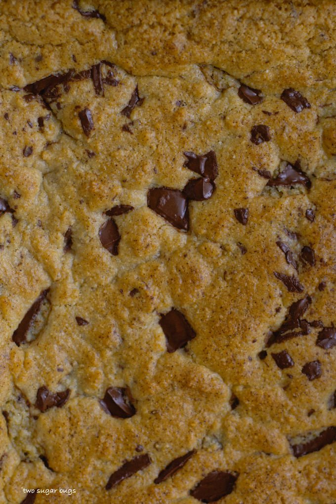 unclose look at baked lemon almond cookie bars
