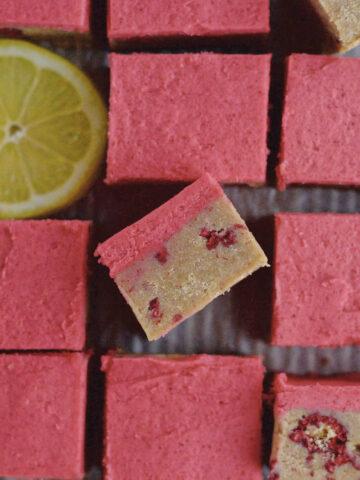 inside slice of lemon raspberry bars