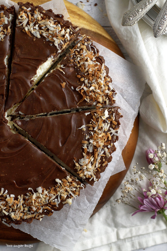 almond joy pie cut into slices